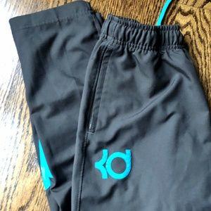 Nike KD Youth XL Boys DriFit Warm Up Pants, EUC